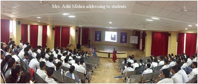 5-mrs-aditi-mishra-addressing-to-students